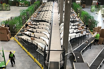 Bring åpnet nytt logistikksenter i København