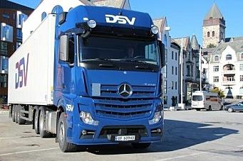 DSV kjøper over 50 biler