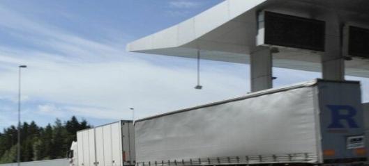 Færre ulykker med lange lastebiler