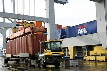 Svenskene kaprer containergodset