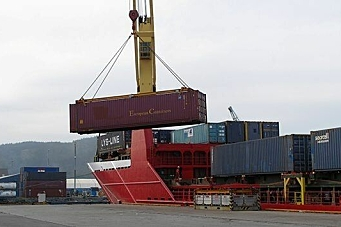 Midt-Norges containerhavn må vente litt