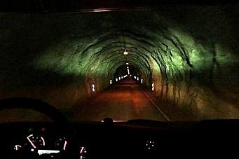 – Som å kjøre inn i ei gruvesjakt