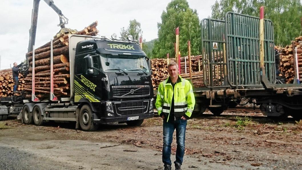 STOR BETYDNING: - Det betyr mye for næringslivet i regionen at banen er åpnet for godstrafikk, sier daglig leder Rune Frogner i Moelven Numedal.