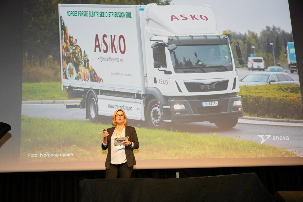 """Audhild Kvam i Enova fortalte i sitt innledningsforedrag om hvordan de vil gi støtte til bedrifter som vil være med på """"Det grønne skiftet""""."""