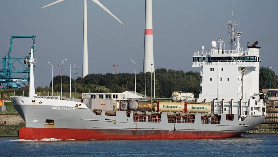 Nor Feeder er skipet Vieasea setter i trafikk fra november.