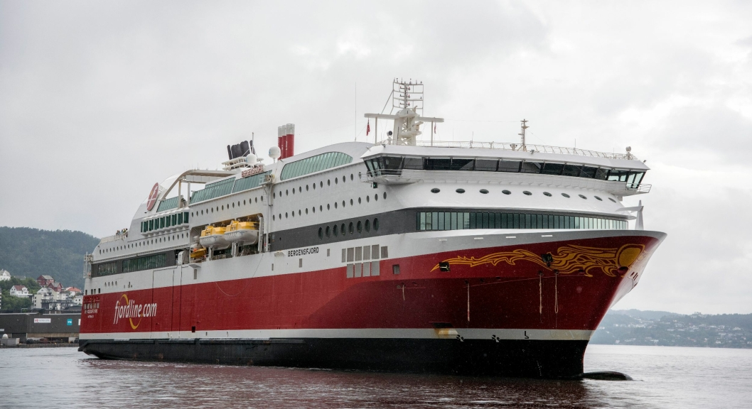 Fjord Line AS fikk fra nyttår lov til å ta med både trailere og sjåfør mellom Bergen og Stavanger. Det har hjulpet selskapet til et rekordresultat.