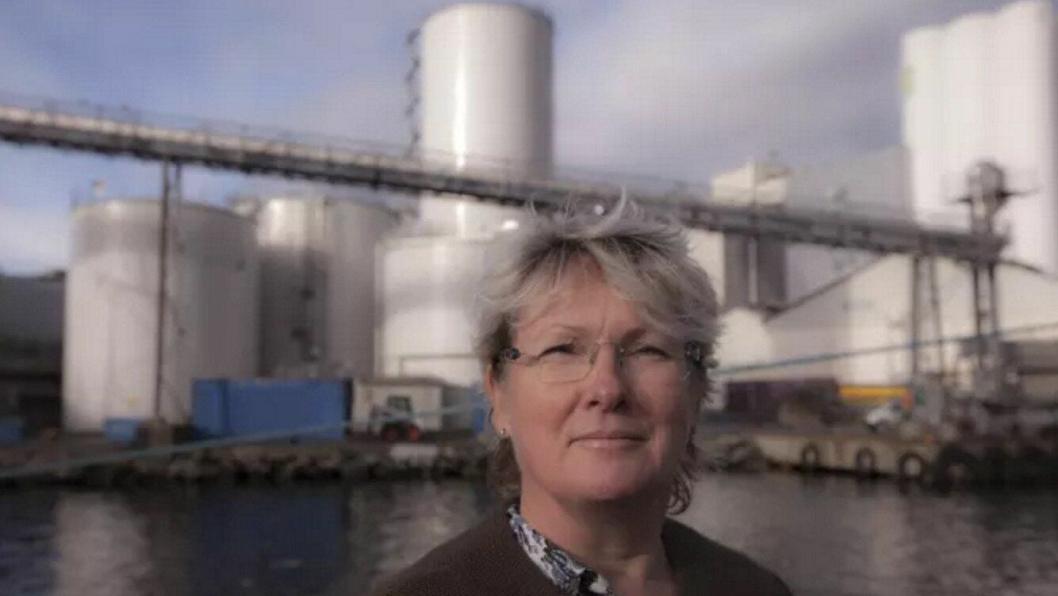"""Gjennom en omfattende analyse av logistikkbehovet til våre produksjonsanlegg i Stavanger, Averøy og Stokmarknes har vi nå valgt å bruke containere for transport av våre tilsetningsstoffer,"""" uttaler fagsjef for innlogistikk i Skretting Elin Norheim."""
