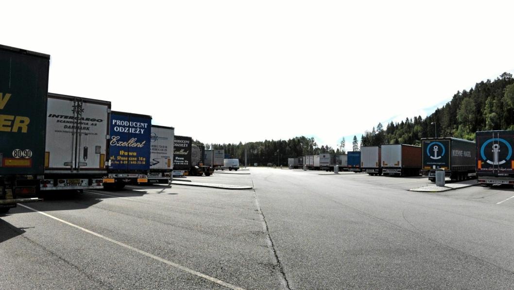 Utenlandske lastebiler skylder enorme summer i bøter som ikke blir gjort opp. Foto: Tuan Eke