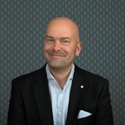 Konsernsjef Rickard Ternblom i Fjord Line gleder seg over nytt rutetilbud og kraftig vekst.