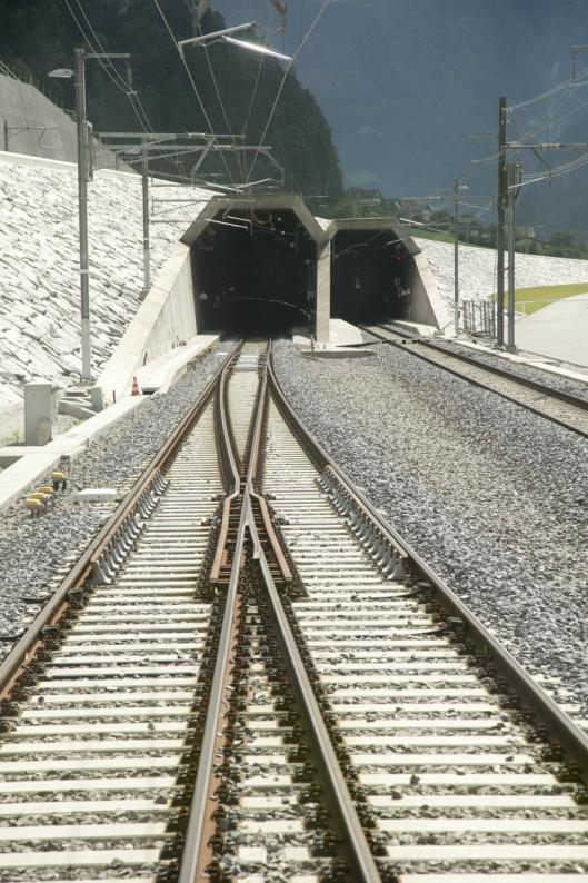 Det har tatt 17 år å bygge tunnelen under Alpene.