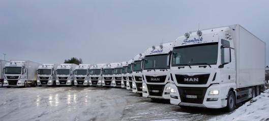 17 MAN overrakt til Sandvik Transport
