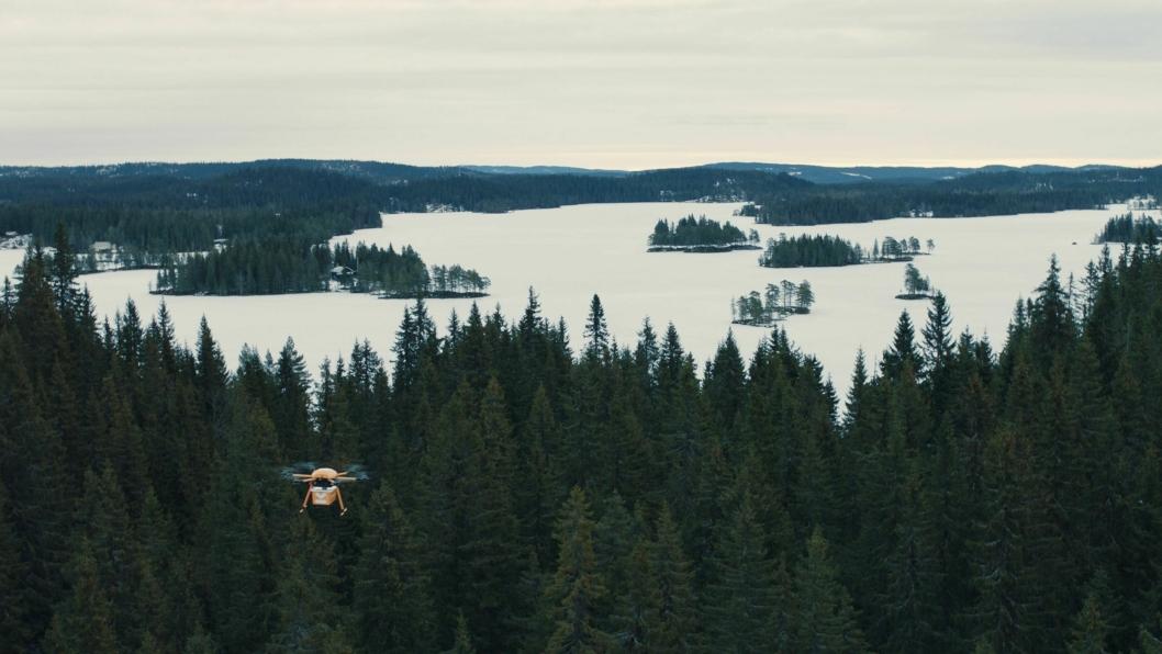 Dronen kan også levere på avsidesliggende steder.