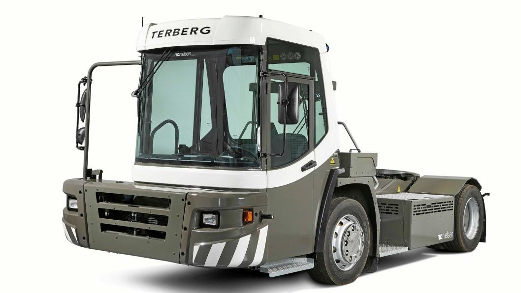 SIKTER LAVT: Med lavt innsteg og lav førerhytte skal den nye DT-serien fra Terberg gi god førerkomfort og sikkerhet.