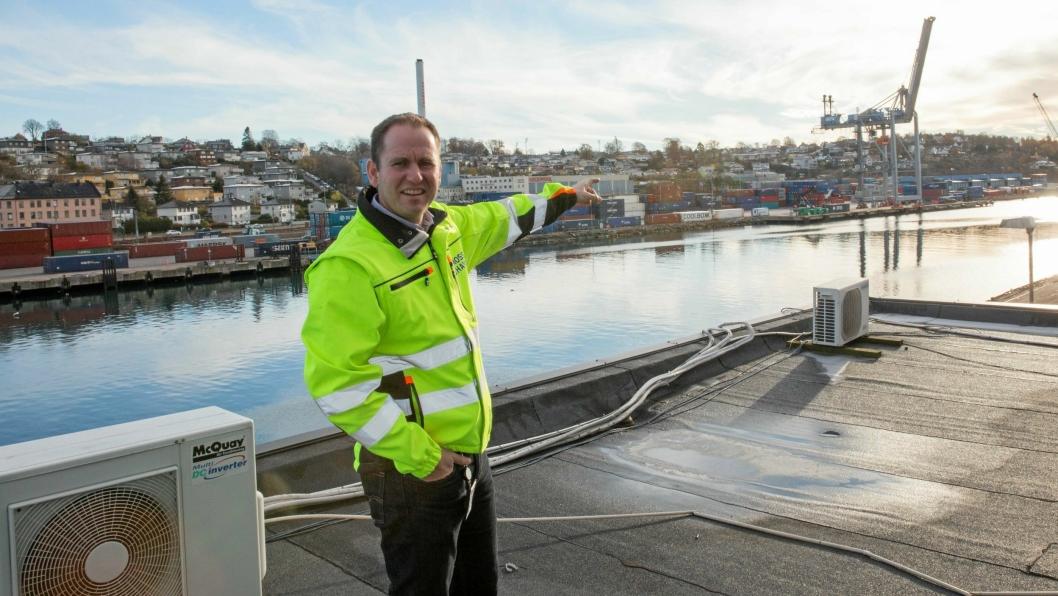 Havnesjef Øystein Høsteland Sundby i Moss mener at de to konkurrerende havnene i Oslo og Borg driver urent spill.