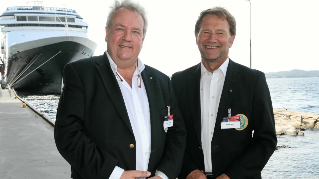 Halvard Aglen (t.h.) og Thomas Granfeldt, henholdsvis havnedirektør og ass. havnedirektør i Kristiansand kan stå rakrygget.Foto: Per Dagfinn Wolden