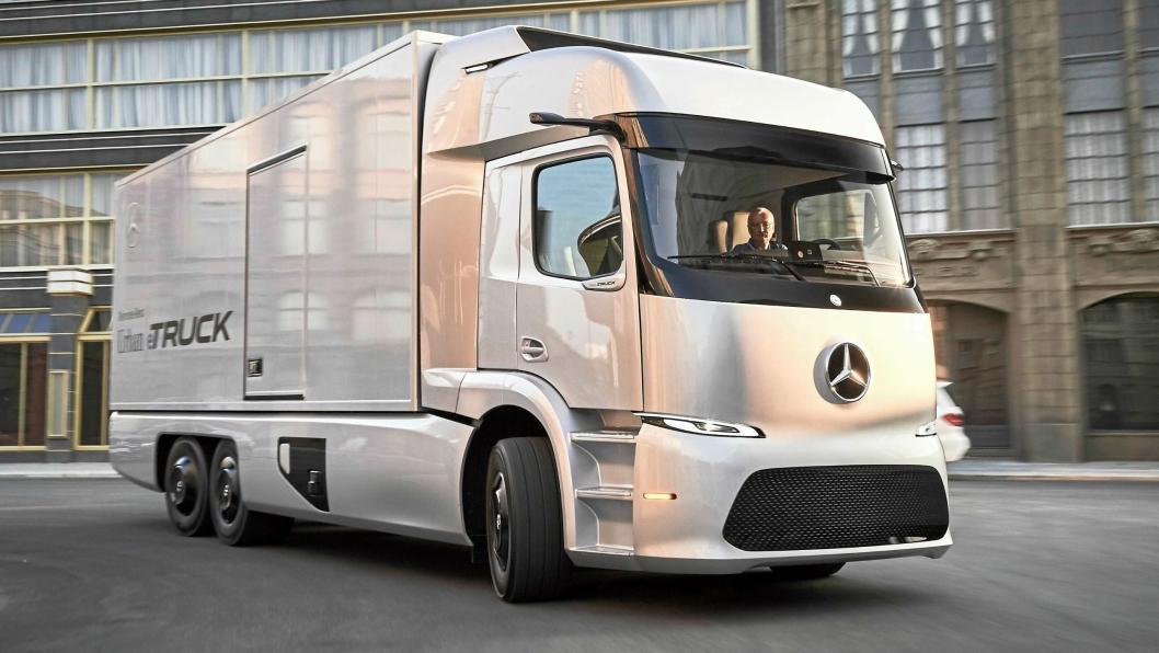 Mercedes-Benz Urban eTruck skal testes av rundt 20 kunder i 2017.