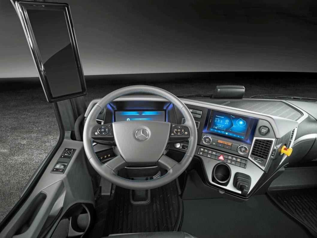 Slik ser Mercedes' fremtidsbil ut fra førerplassen.