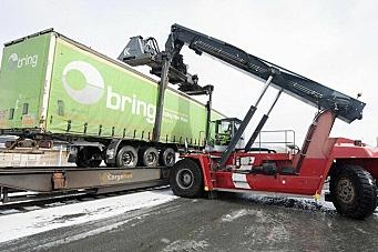 16.000 tonn fra veg til bane