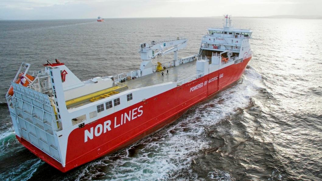 Rolls-Royce skal planlegge og utøve service på alt utstyr de har om bord på Kvitbjørn og søsterskipet Kvitnos til en fast timespris.