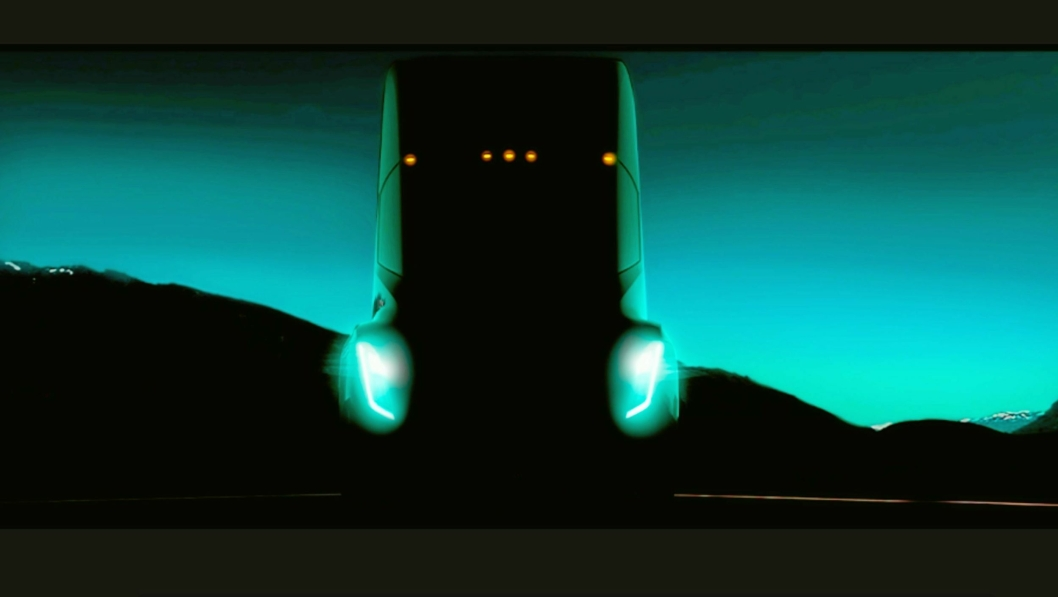 HER ER'N: Dette er den eneste offisielle skissen som foreløpig finnes av Tesla Semi. En lang rekke medier, både norske og internasjonale, brukte feilaktig bilder av konkurrenten Nikola One – en elektrisk lastebil som ble presentert i desember, og som blant andre Tine og Tenden Transport har forhåndsbestilt.