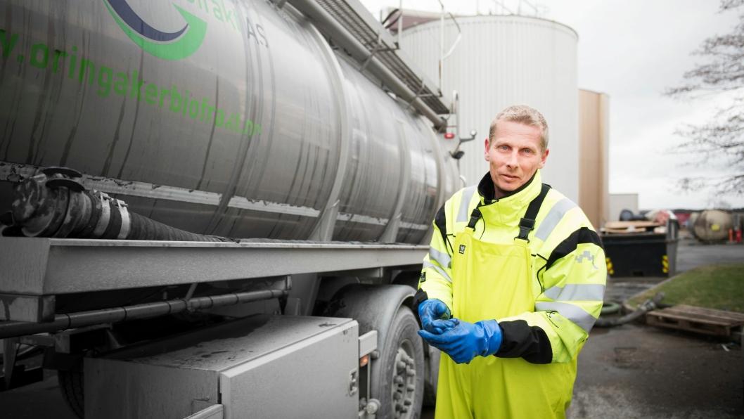 Biogasstankbil hos Fredrikstad kommunes prosessanlegg.
