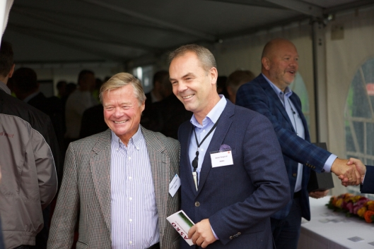 SJEFENE: Asko-styreleder Torbjørn Johannson og adm.dir. i Asko Øst, Andre Tangerud koste seg på åpningen.
