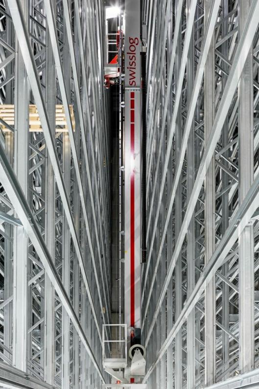 11 Vectura stablingskraner skal inn i det nye anlegget til Europris.