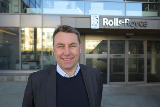 Asbjørn Skaro, Direktør for Digital & Systems, Rolls-Royce Marine, utenfor hovedkontoret til Rolls-Royce i Norge i Ålesund.