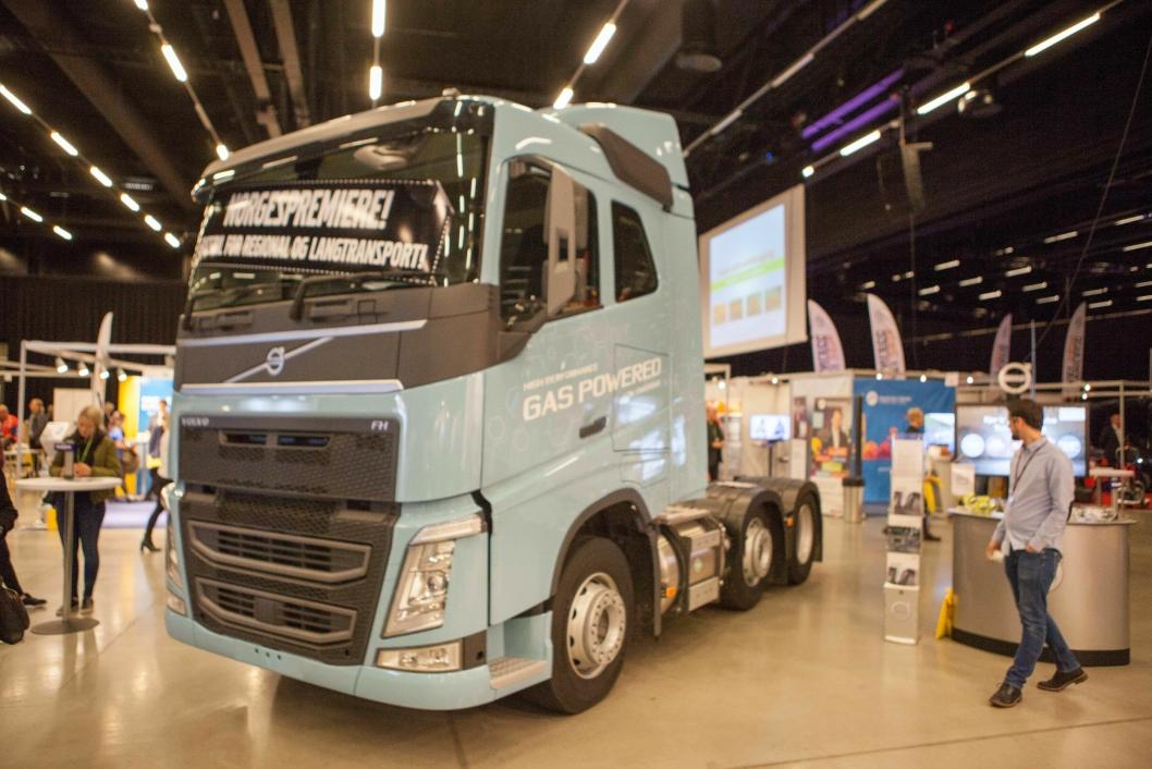 Volvo FH med LNG har en kjørelengde på kjørelengder på opptil 1000 km.