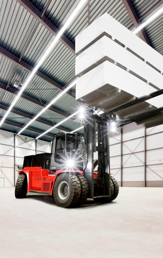 Kalmar er først med elektriske trucker med en løftekapasitet på opp til 18 tonn.
