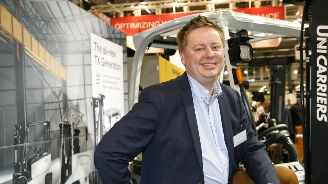 UniCarriers salgsansvarlige Espen Bekkevold brukte Göteborgsmessän til å presentere en ny generasjon trucker. Foto: Per Dagfinn Wolden