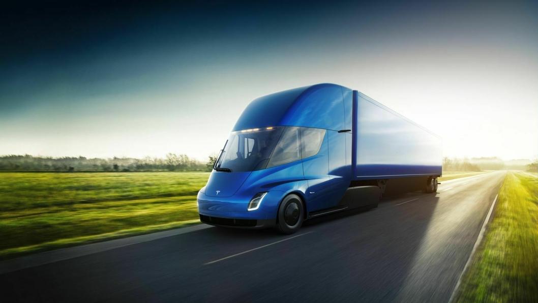 Tesla Semi skal klare minst 800 kilometer uten å lade.