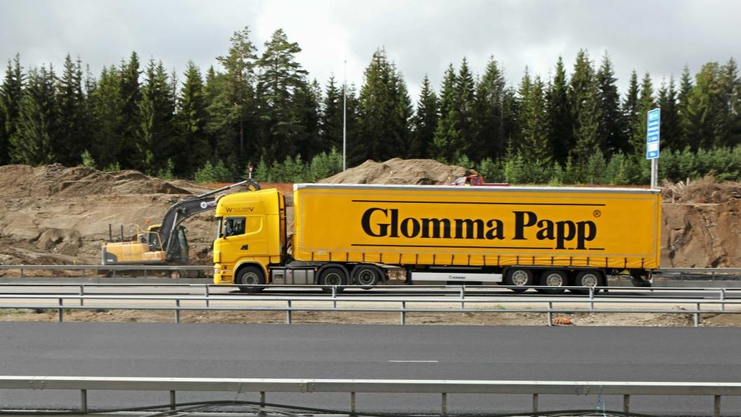I 2. kvartal 2017 utførte norske lastebiler et samlet transportarbeid på 5,2 milliarder tonnkilometer ved kjøring innenlands og i forbindelse med import og eksport.