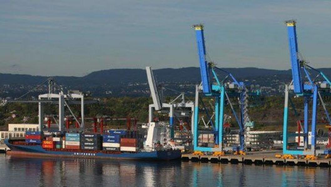 Det ønskes flere anløp av båter med bananer og annen frukt til hovedstadshavnen.