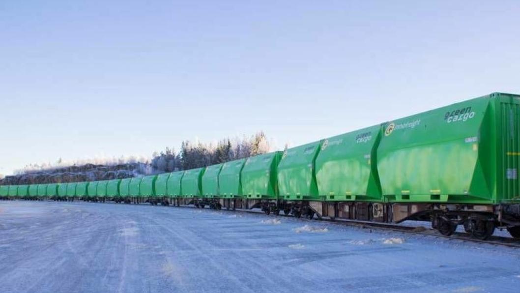 Green Cargo reduserer togtransporter med 25 prosent med nye XXXL-containere.