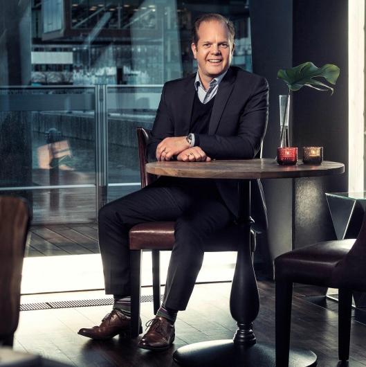 Teknologien vår er basert på løsninger som allerede finnes i Volvos elektriske busser, sier Jonas Odermalm, som er sjef for produktstrategi for middels tunge kjøretøy i Volvo Trucks. Foto: Volvo Trucks