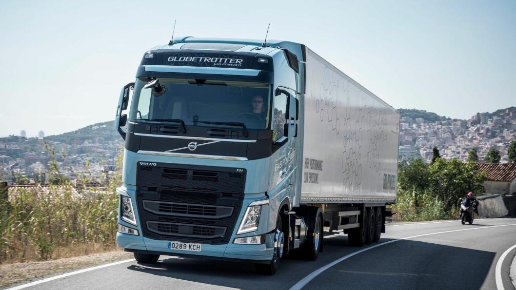 Volvo FM LNG og Volvo FH LNG ble presentert i oktober 2017. Gassbilene er ett av mange grep Volvo tar for å få ned CO2-utslippene i transportsektoren.Foto: Volvo Trucks