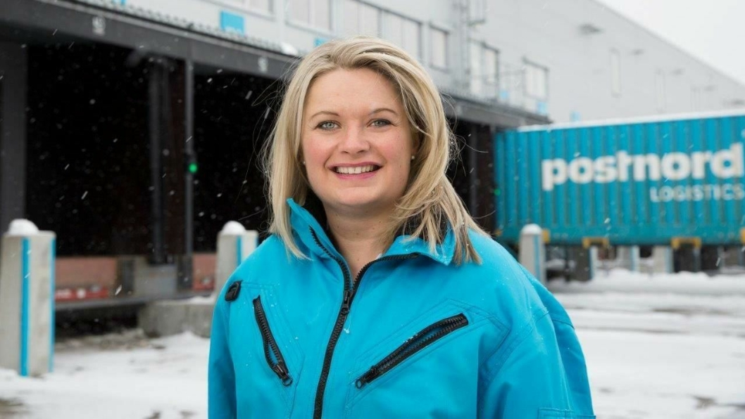 Netthandelekspert Rikke Kyllenstjerna i PostNord Norge kan bekrefte at vi snart topper nordisk netthandelsstatistikk.