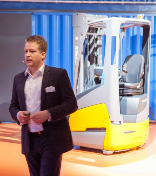 Salgs- og markedssjef i Jungheinrich, dr. Lars Brzoska lover at flere trucker med kompakt batteridesign i flere trucksegemter vil bli presentert framover.