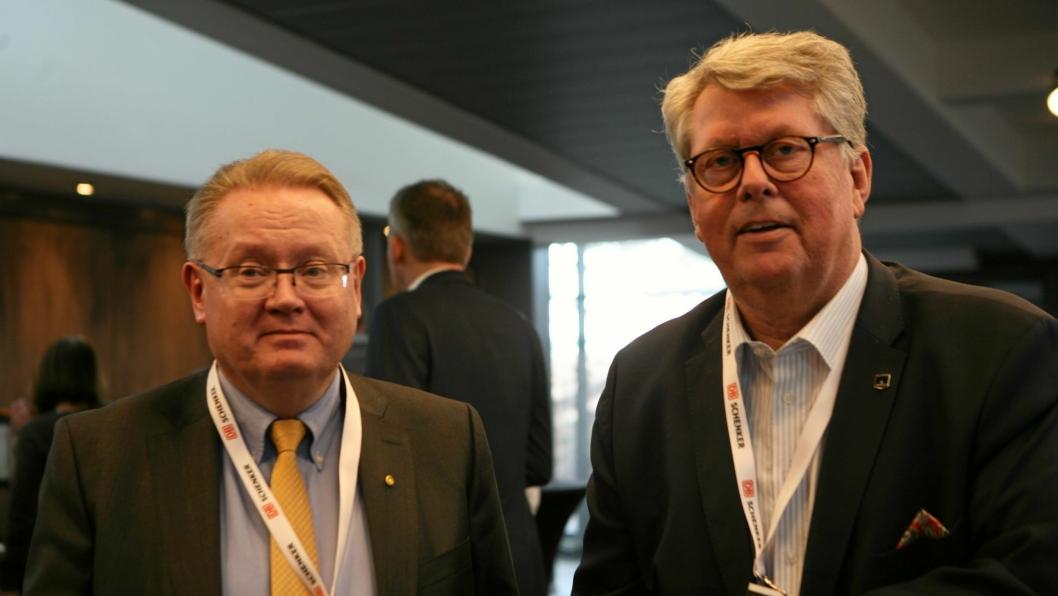 Både Lars-Gunnar Comén i Euroavia International (t.v.) og flyfraktsjef Tom E. Mikkelsen i Marine Harvest var selvskrevne deltagere på Schenkers sjømatseminar 2018 på Gardermoen denne uken. Foto: Per Dagfinn Wolden