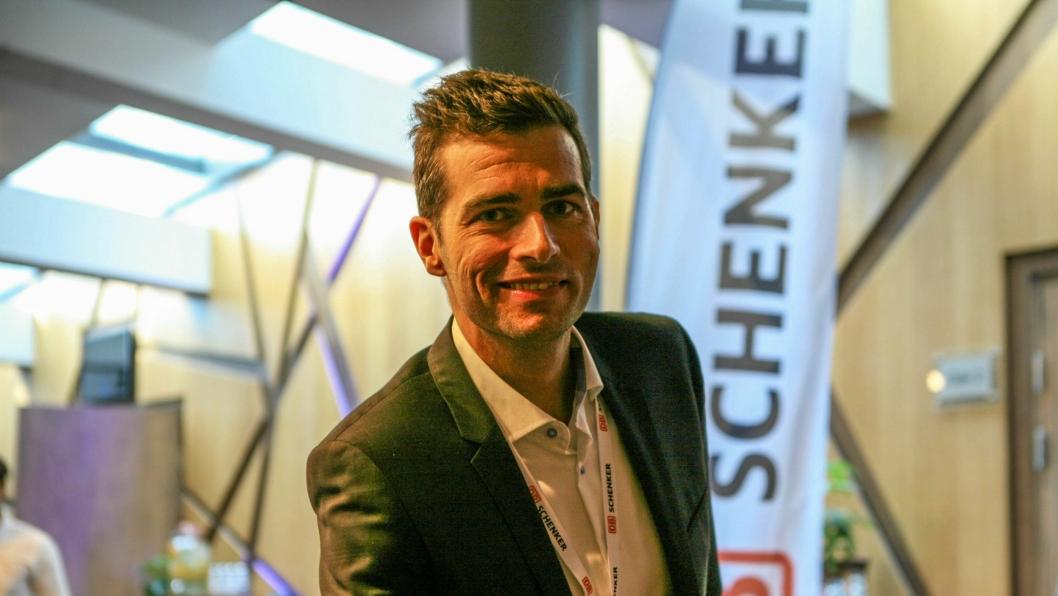 Schenkers Head of Air Freight, Morten Würgler, har funnet suksessformelen for flylogistikk av norsk sjømat. Foto: Per Dagfinn Wolden