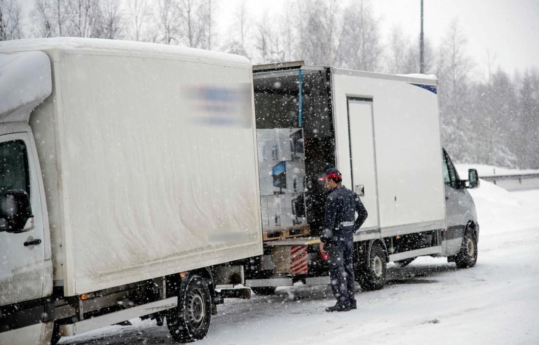 OMLASTING: Omlasting sammen med gebyr er konsekvensen for overlast også på varebiler.