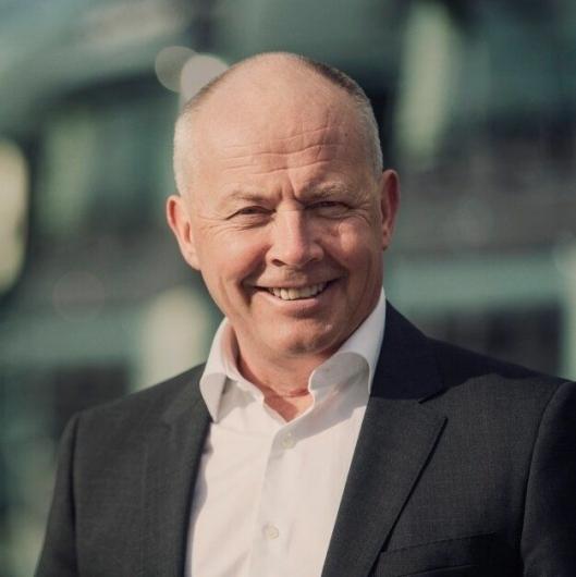 - Vi nærmet oss slutten på en nedgangsperiode, men valgte å satse stort, sier adm. direktør i Volvo Trucks, Claes Nilsson om lanseringen av Volvo FH i 1993..