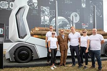 Lanserte sjåførløs tømmerbil