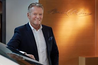 Bertel O. Steen tar over importen av Opel