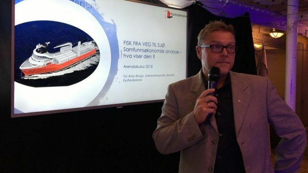 Adm. direktør Tor Arne Borge i Kystrederiene presenterte på Arendalsuka rapporten som konkluderer med 70 prosent reduksjon av klimautslippene. Foto: Kystrederiene