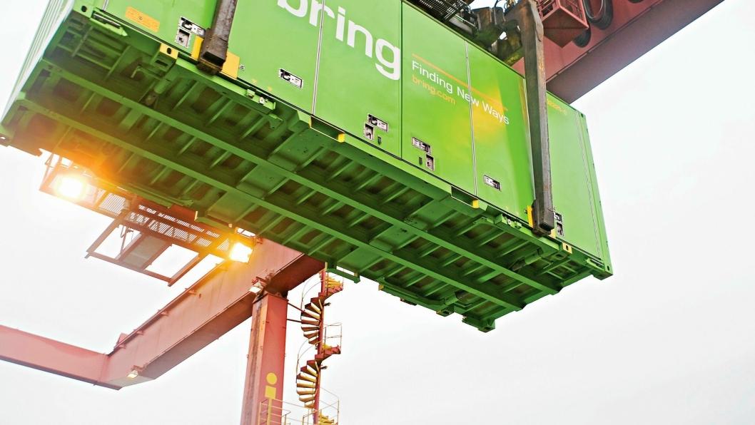 SV vil styrke godstransporten på jernbane ved å gjøre det dyrere for lastebiler å frakte gods.