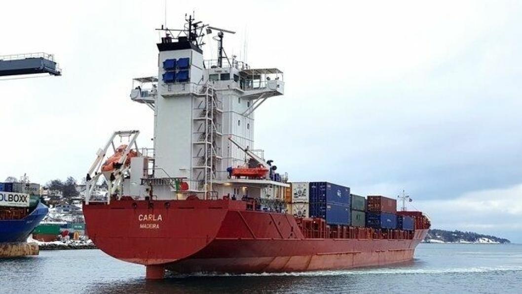 Det er Carla som skal ta turen innom Kristiansand. Hun er 140 meter lang og har en kapasitet på 750 TEU.