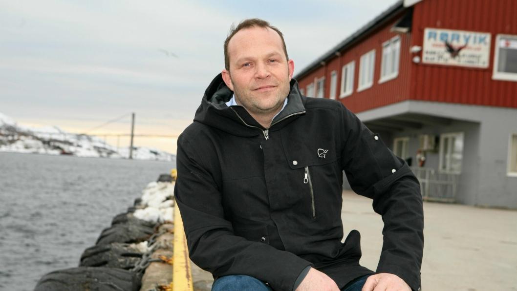 – Dette er en kraftig nedtur for sjøveis fisketransport, sier en skuffet Paul Ingvar Dekkerhus, havnedirektør i Nord-Trønelag Havn Rørvik. Foto: Per Dagfinn Wolden
