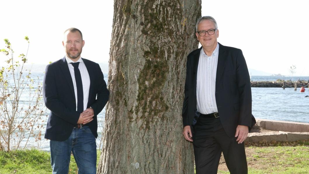 Direktør for Shipping Logistics, Kasper Svenningsen (t.v.) og adm. direktør Vidar Karlsen i DFDS lanserer et unikt ro/ro-tilbud med blant annet mulighet for direkte fisketransport til Kontinentet. Foto: Per Dagfinn Wolden